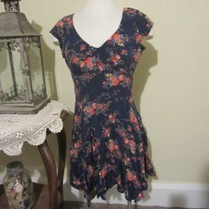 Abercrombie & Fitch M Navy Floral sundress